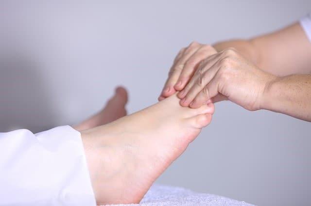 reflexología en los pies